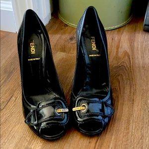 Fendi Black patent leather Buckle pumps